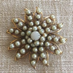 Judy Lee Vintage Opalescent And Faux Pearl Brooch